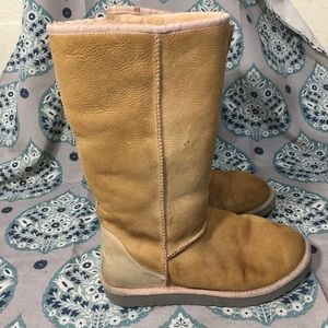 Ugg boots size 10 pink fur tan classic tall winter